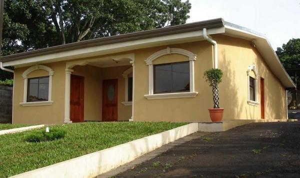 Colores naturales para pintar fachadas hermosas mas color pinturas pintureria renner en salto for Pintar casa exterior