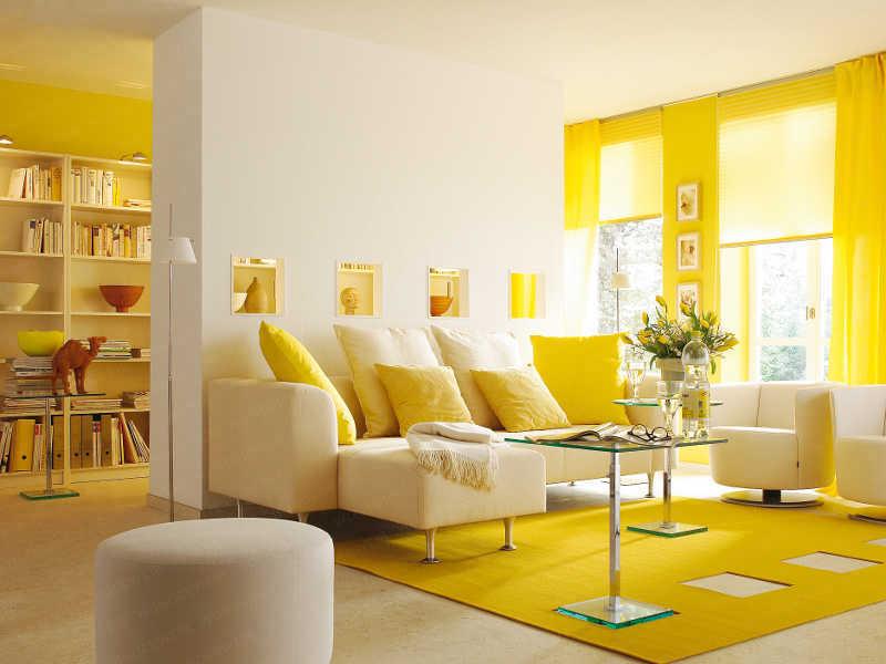 20-Yellow-Living-Room